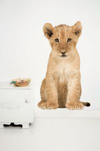 Muursticker Safari Friends leeuw XL Lion Cub