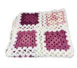 Deken Maxi-Cosi gehaakt wit roze paars