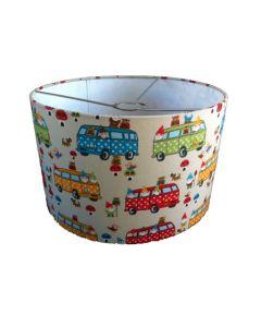 Hanglamp babykamer met retro busjes