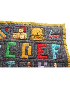 Wandkleed met alfabet